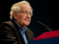 N. Chomsky (Foto: Ministerio de Cultura de la Nación Argentina / Wikipedia)