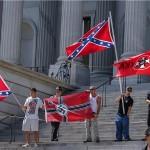 Kalifornija: prekinut neonacistički skup, najmanje deset ozlijeđenih