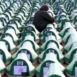 Obljetnica Srebrenice: Pokop 127 žrtava genocida; opet prijepori o karakteru zločina