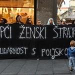 Oko 400 građana Zagreba solidariziralo se s općim ženskim štrajkom u Poljskoj