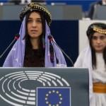 Jezidskim aktivisticama Nadiji Murad i Lamiji Aji Bašar svečano uručena nagrada Saharov