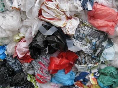 Prodavatelji će morati informirati potrošače o negativnom utjecaju plastičnih vrećica