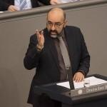 Omid Nouripour: Cilj Trumpove zabrane je zatrovati društvo