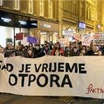 Galerija i video: održan Noćni marš za prava žena u Zagrebu