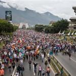 Izlaskom tisuća Madurovih protivnika na ulicu nastavljaju se prosvjedi u Venezueli