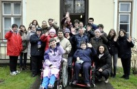 Jaglaci i korisnici COOR-a VTC nakon posjeta orahovačkom gradskom muzeju