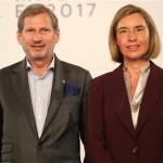 Mogherini i Hahn: U Srebrenici 1995. godine srušene sve ljudske vrijednosti