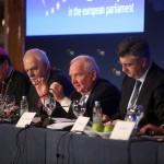 """Predsjednik Europske pučke stranke Joseph Daul upozorio na opasnost vraćanja regije u """"mračnu prošlost"""""""