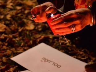 Zagreb, 12.12.2017. - Inicijativa mladih za ljudska prava organizirala je paljenje svijeća za žrtve zločina počinjenih od strane pripadnika HVO-a i HV-a u Bosni i Hercegovini. foto HINA/ Admir BULJUBAŠIĆ/ abu