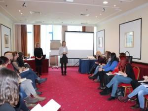 Na slici: trenerice Slađana Novota i Lejla Šehić-Relić sa sudionicima Obrazovne akademije, Foto: NZRCD