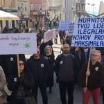 """""""Ako nam već ne možete pomoći, ne trpajte nas u zatvor"""": Prosvjed podrške Huanitu i legalizaciji uzgoja kanabisa"""