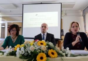 Na fotografiji Lora Vidović, Vjekoslav Ćurić, ravnatelj doma za starije i nemoćne Osijek. foto HINA/ ml
