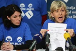 Na fotografiji: Jasminka Zuzic, Djurdja Aleksic. Foto: Danijel Soldo / Cropix. Osuđena Đurđa Siladi na fotografiji je desno.