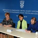 ESF_mladi_potpisivanje (15)