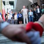 Lech Walesa pridružio se prosvjednicima u Varšavi