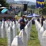"Koalicija za REKOM: ""Genocid je jedino pravo ime za zločin u Srebrenici"""