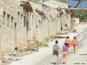 Turisti dolaze vidjeti Goli otok, ali bez stručnog vodstva