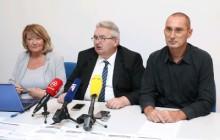 Na fotografiji predsjednica Udruge Miriam Kervatin, glavni tajnik Mario Strinavić, dopredsjednik Udruge Sarajko Baksa. foto HINA/ Lana SLIVAR DOMINIĆ/