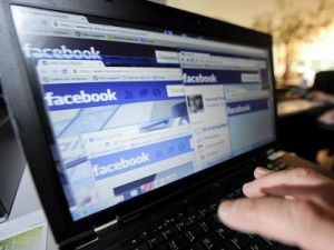 """Buzzfeed: """"Članci koji šire laži na Facebooku mogu biti uspješniji nego seriozne vijesti"""""""