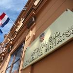 Udruga Dugine obitelji najavljuje ustavnu tužbu protiv Zakona o udomiteljstvu