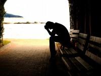 Srbija: tabuizacija i tabloidizacija samoubojstava