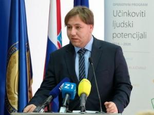 Na fotografiji Luka Bogdan, zamjenik upraviteljice NZRCD za programe Europske unije, HINA/ Edvard ŠUŠAK