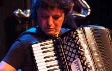 Romska glazba koju Europljani mogu razumjeti, a Romi osjećati kao svoju