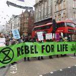 """U Londonu prosvjedi zbog """"ekološkog izvanrednog stanja"""""""