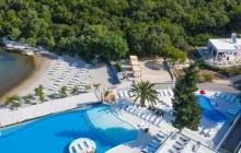 Korčula: Otvorena prva plaža s dizalom za osobe s invaliditetom