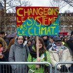 Klimatski aktivisti prosvjedovali pred zgradom Amazona u Parizu