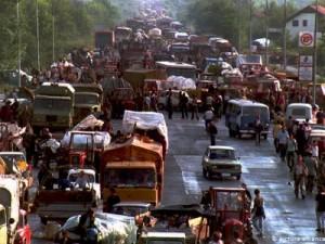 Hrvatski Srbi u zbjegu kod Banja Luke tokom Oluje (8.8.1995.)