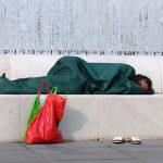 Odvalimo se poezijom – open mike humanitarno za beskućnike
