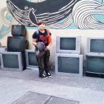 Instalacija od 30-ak CRT televizijskih ekrana u riječkoj Filodrammatici okuplja audio i video umjetnike
