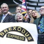 "Antibrexit aktivisti u Doveru razapeli natpis ""Još uvijek volimo EU"""