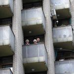 Uz Svjetski dan plesa: Korisnici zagrebačkih domova plešu na balkonima