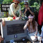 Bečki umjetnički kolektiv God's Entertainment poziva na neobičnu turističku turu Rijekom