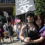 Tisuće ljudi u Budimpešti prosvjedovalo protiv novog anti-LGBTQI zakona