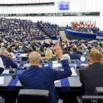 EP: Slučajevi nasilja u intimnim vezama trebaju se uzeti obzir pri dodjeli skrbništva
